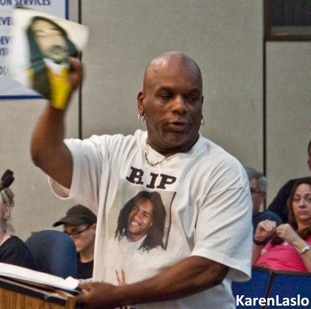 photo by Karen LasloDave Phillips at a recent meeting of Chico City Council